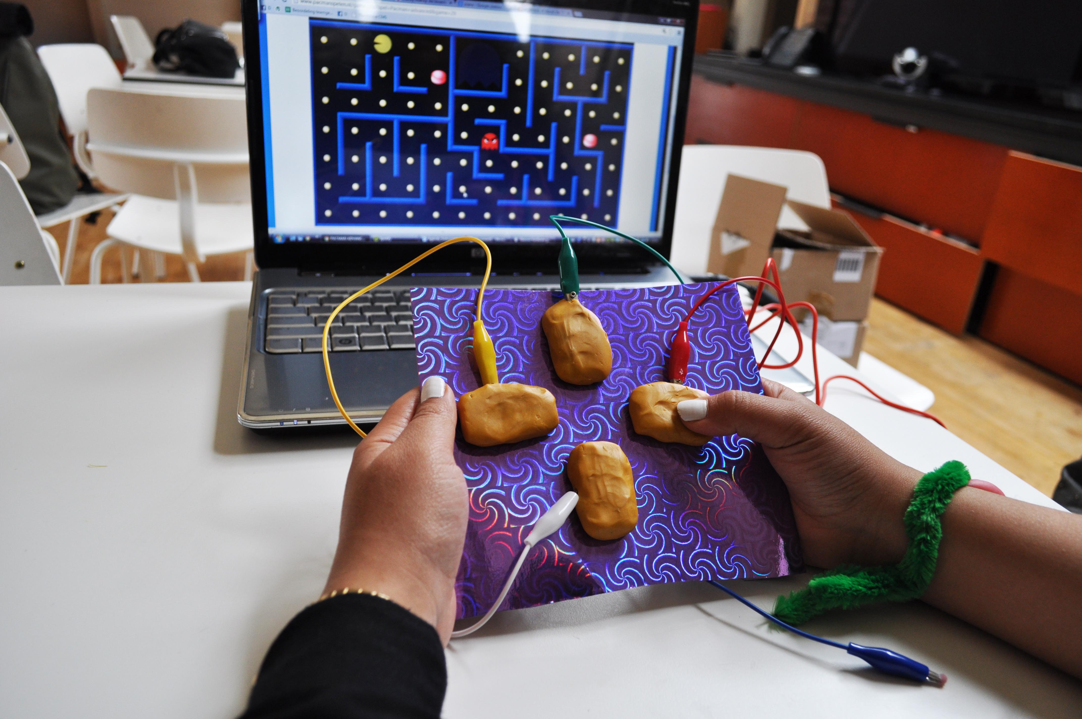 Picture of Play a Game / Speel Een Spelletje