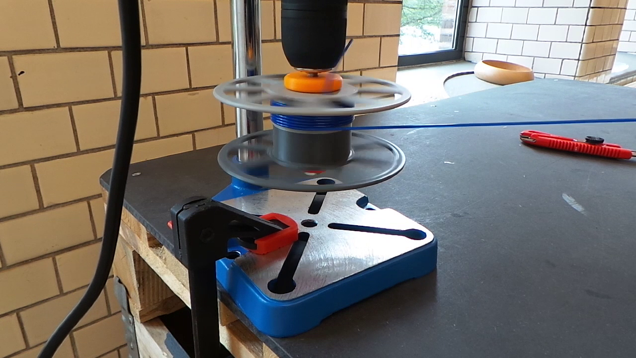 Picture of Start Winding Filament With a Power-drill