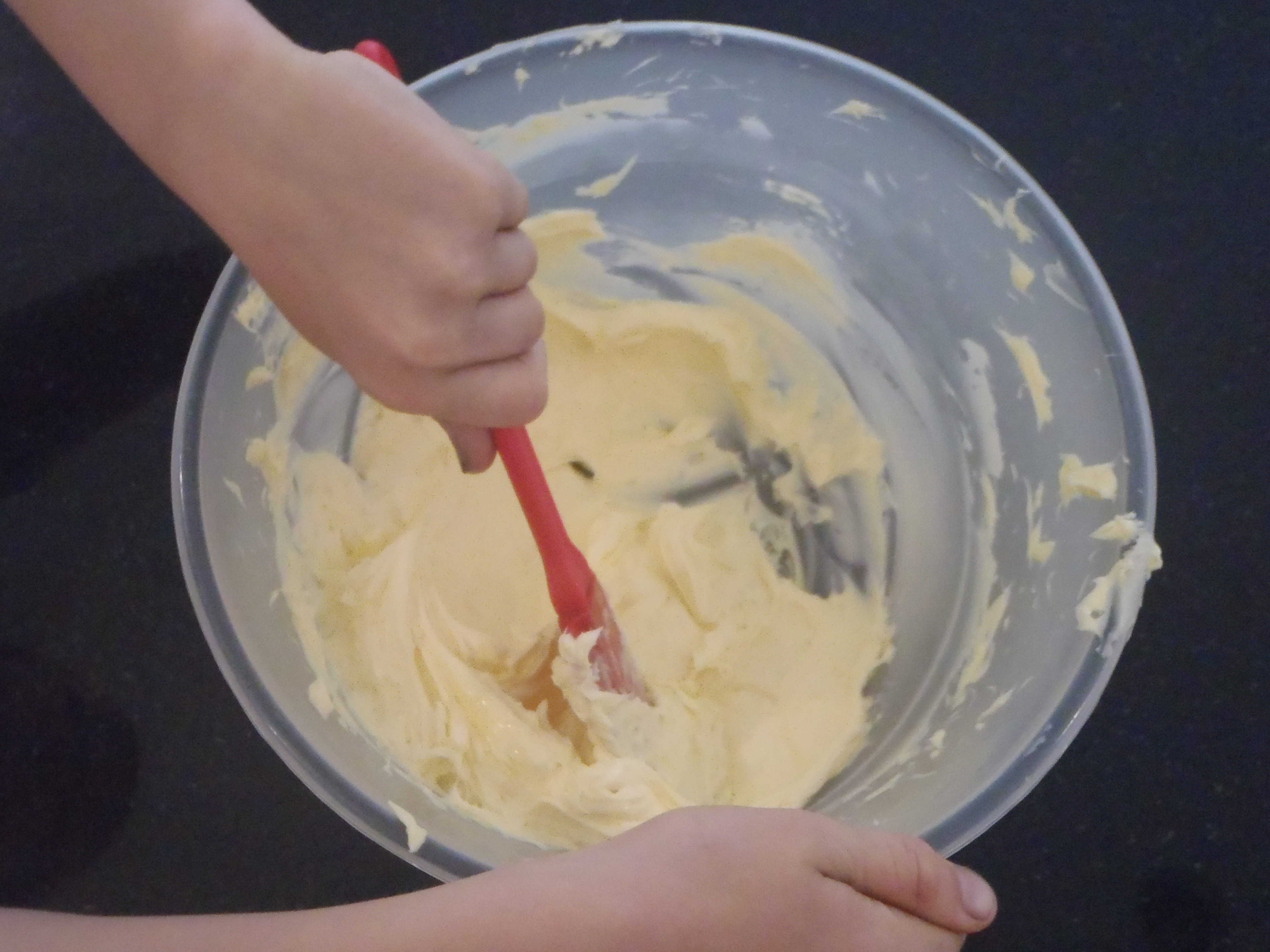 Picture of Make the Buttercream: