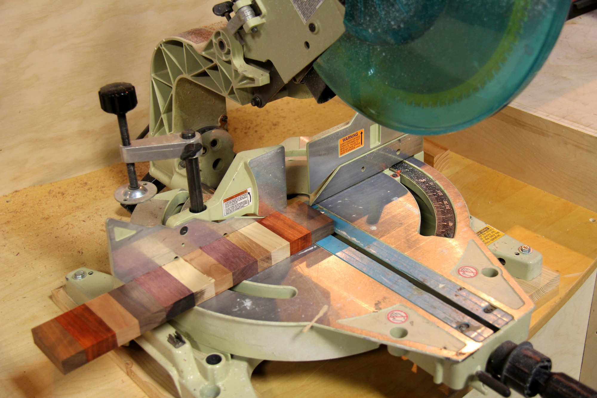 Picture of Miter Saw Edges to Prepare for Gluing