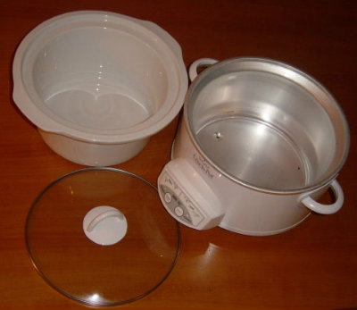 Picture of Set Crockpot to Low and Weigh Ingredients.