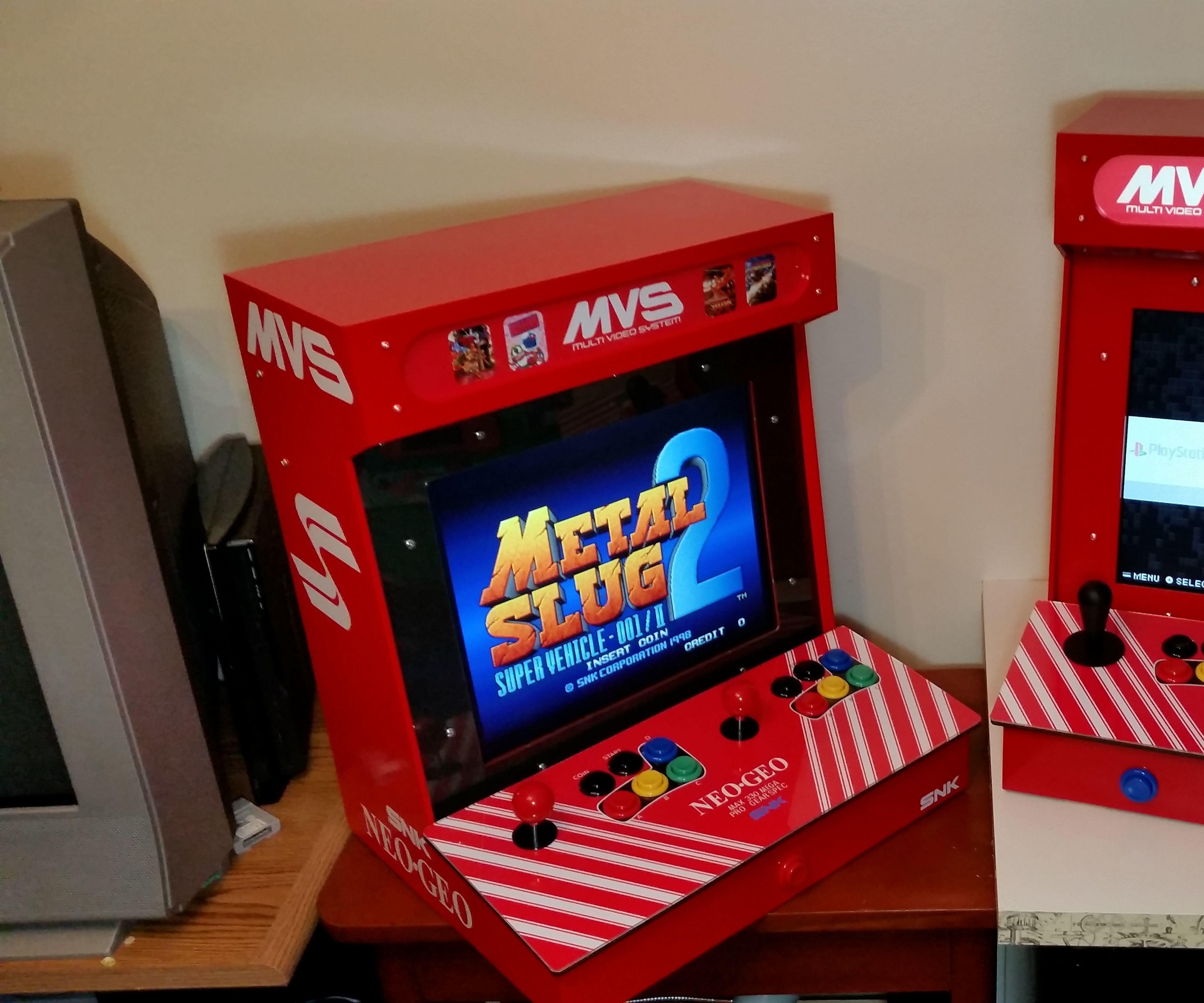 Desktop Raspberry Pi Arcade With a Discarded 17
