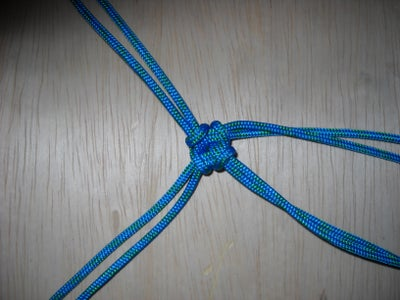 Tighten It Up and Bingo-bango - a Knotted Multiple-attachment Hub