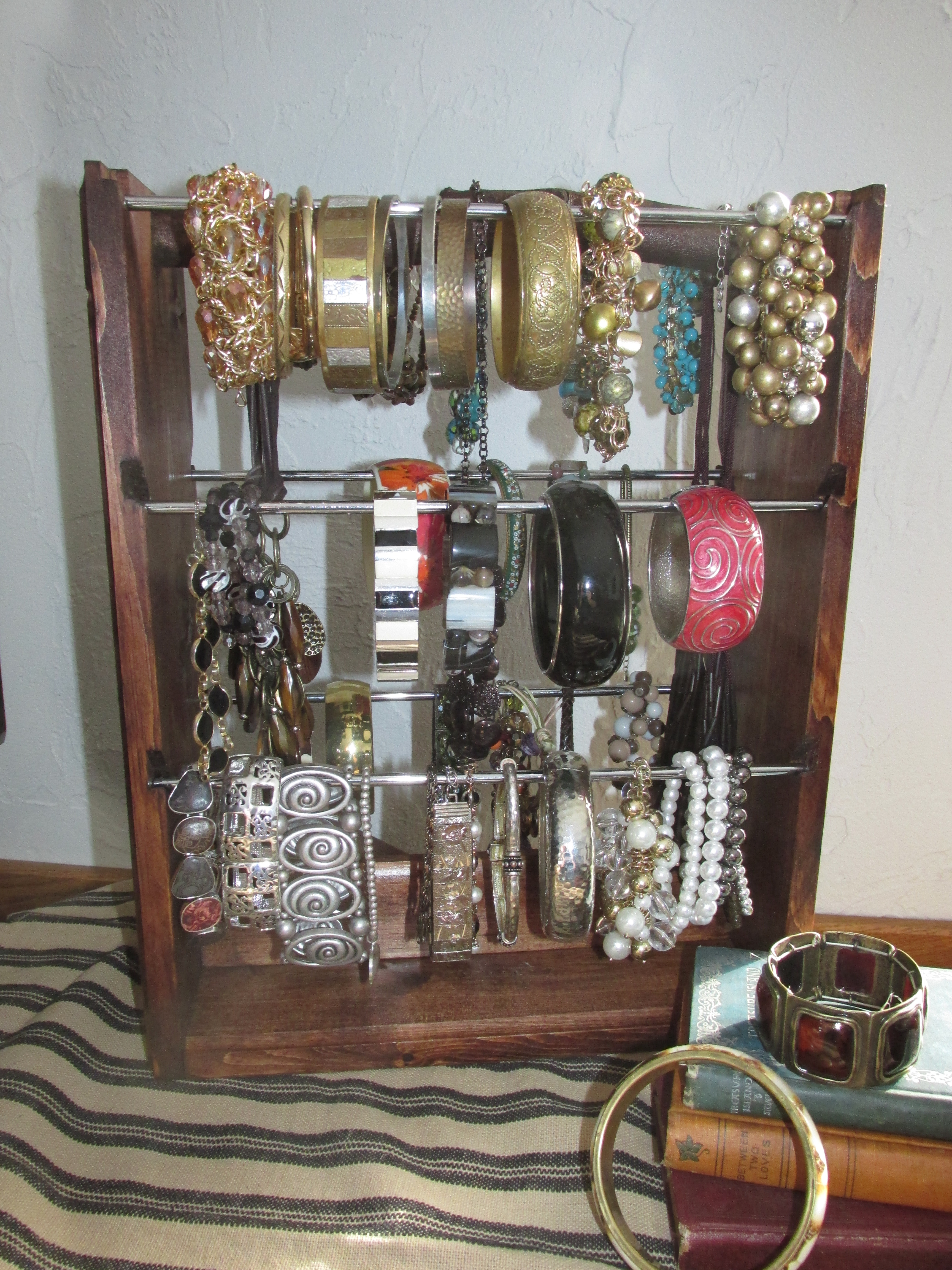 Picture of Bracelet Organizer That Holds Dozens of Bracelets and Keeps Them All VISIBLE to Choose!