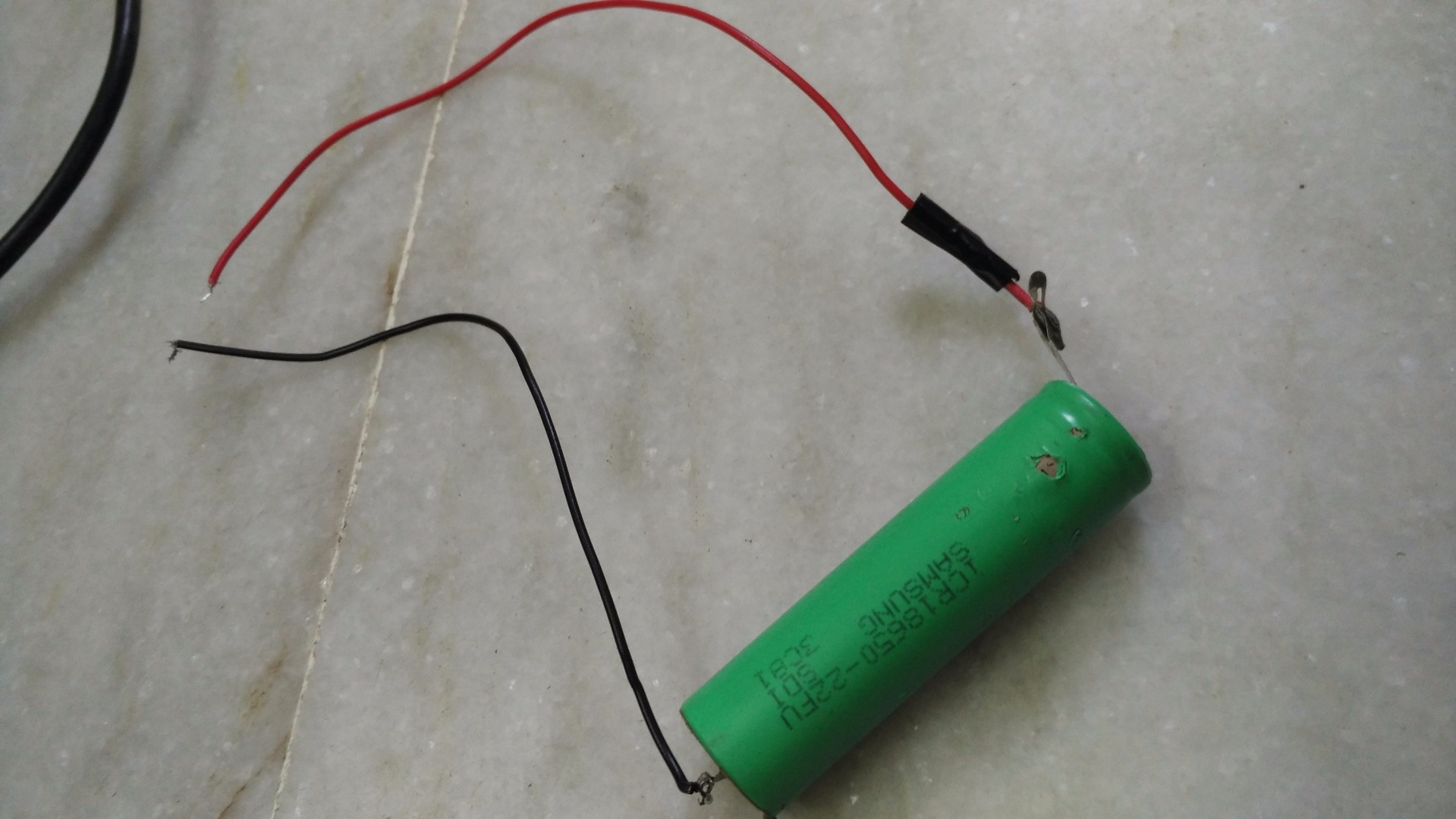 Picture of Soldering Wire to Battery