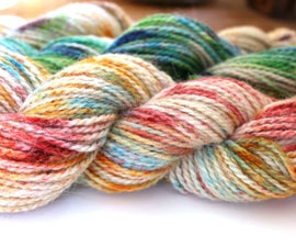 How to Speckle Dye Yarn (with Kool Aid)