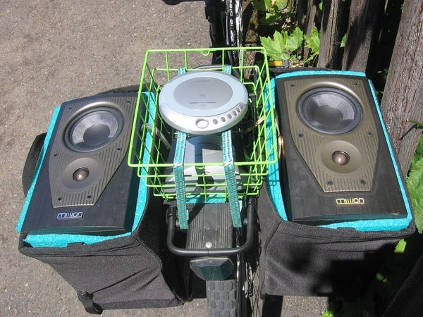 """DIY """"Street Party Bicycle Stereo"""" Anyone Can Easily Build With Minimal Tools"""