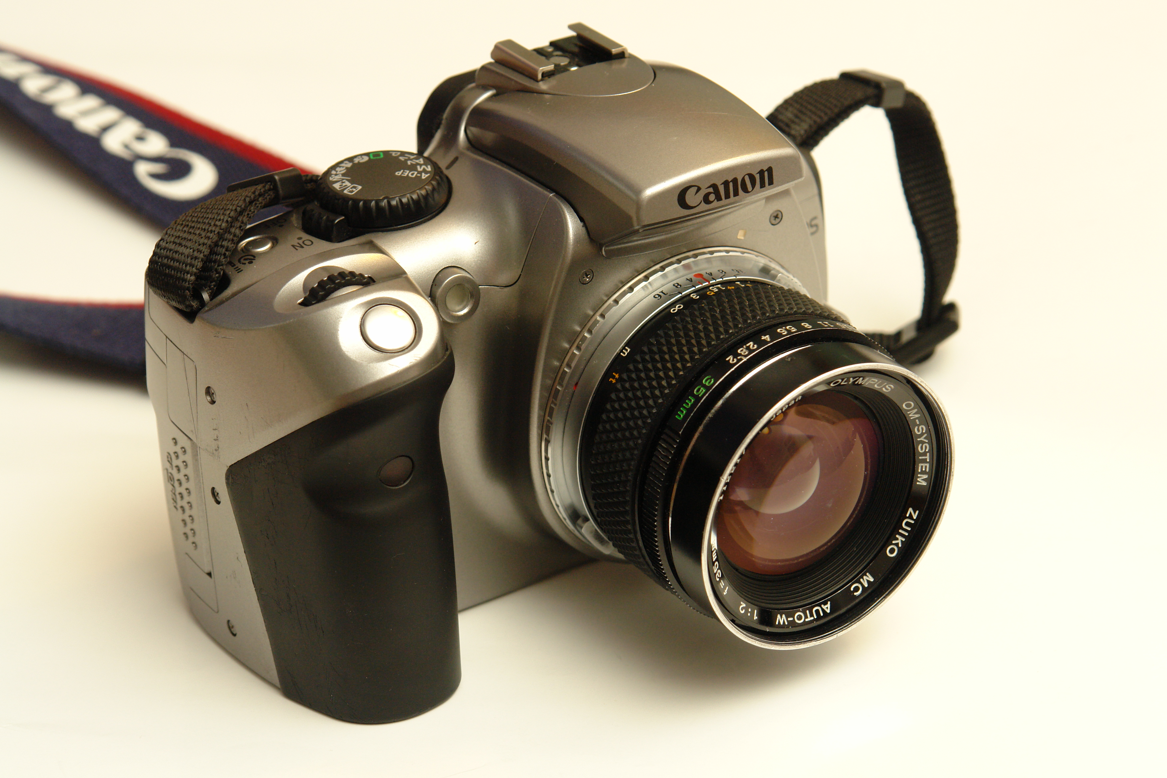 Picture of Hack Canon EOS 300D to Confirm Focus With All Lenses, Permanently.