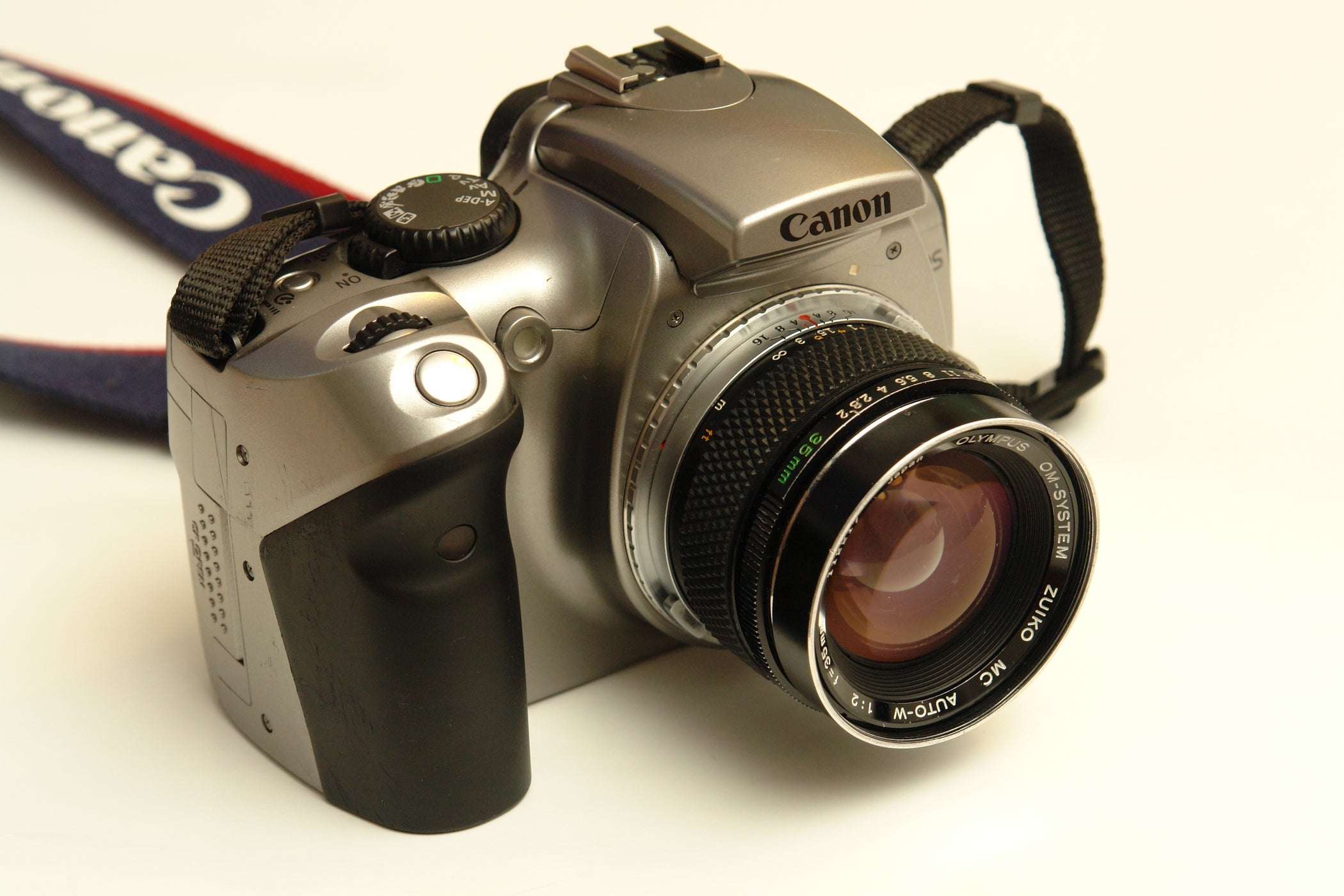 Hack Canon EOS 300D to Confirm Focus With All Lenses, Permanently.: 5 Steps  (with Pictures)