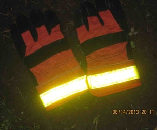 High-conspicuity Reflective Gloves for Night Bicycling