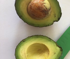 How Tu Cut an Avocado Without Ending Up in a Hospital