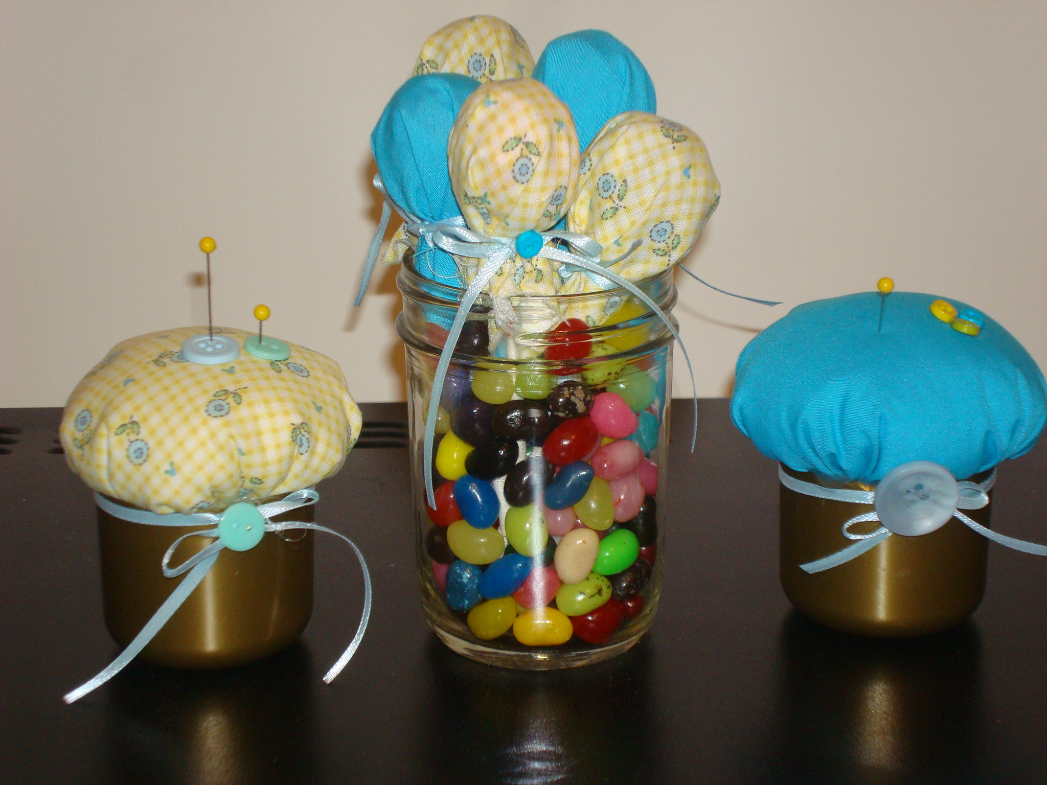 Picture of How to Make a Pin Cushion Wedding Favor