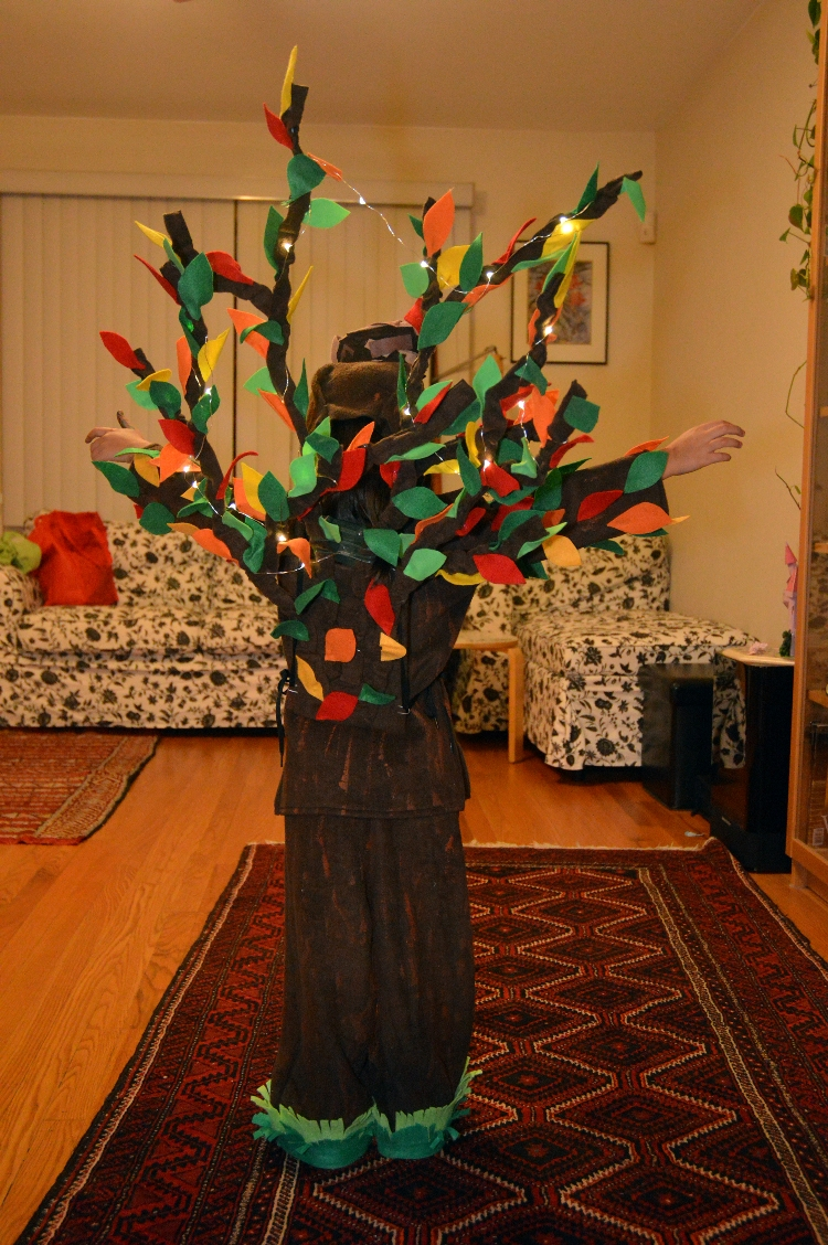 Picture of A Tree for Halloween