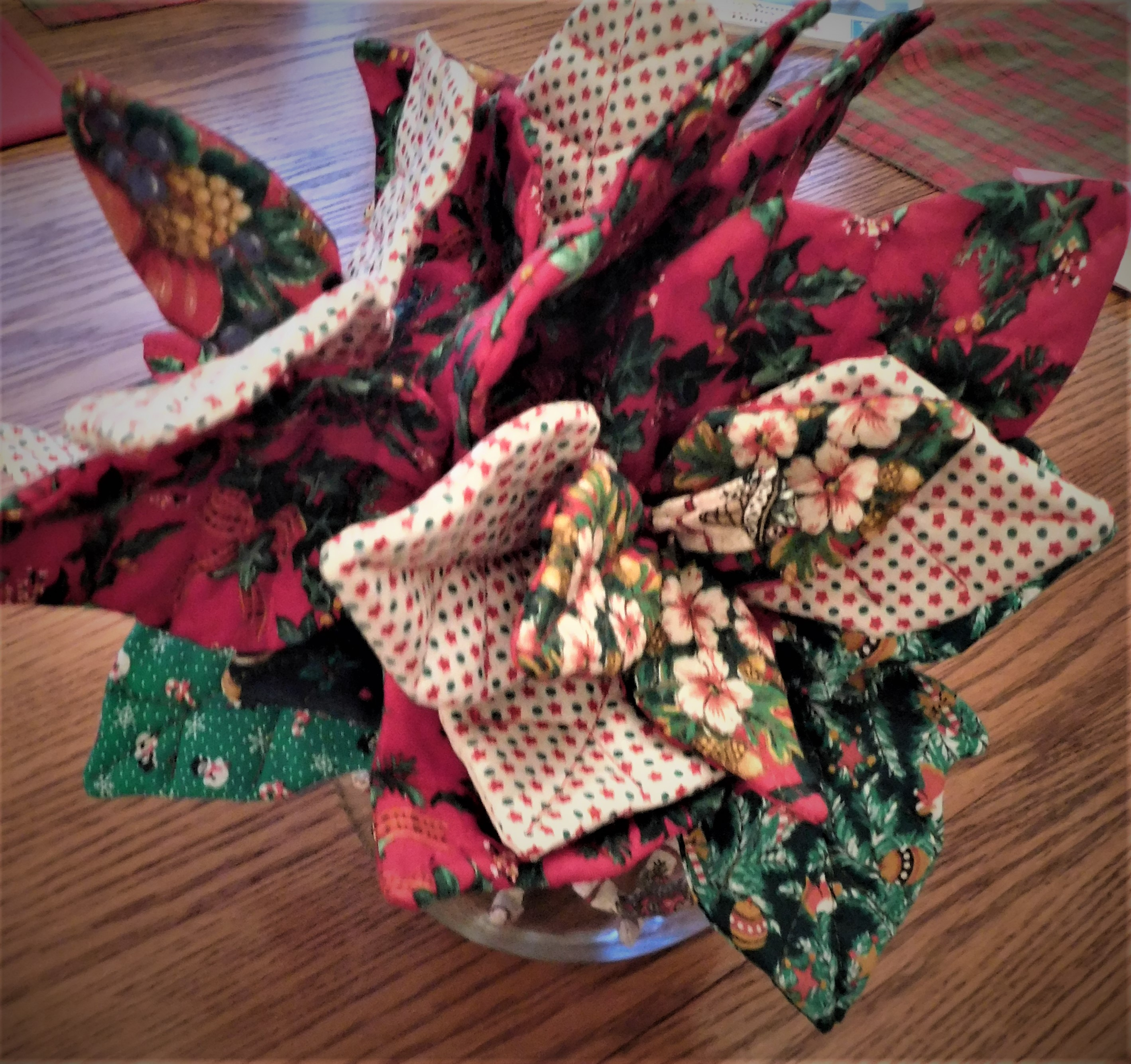 Picture of Fabric Poinsettia Plant