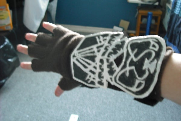 Assassins Creed Bracer (Complete With [Beta] Hidden Blade and Armor Plates)