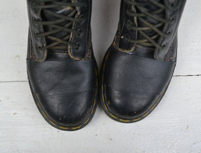 ●FIX HOLES IN LEATHER BOOTS●