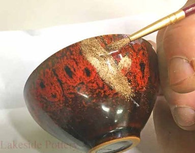 Traditional Japanese Kintsugi Application Lesson Using Real Gold Over Lacquer