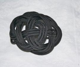 Three-hitch mat hair ornament