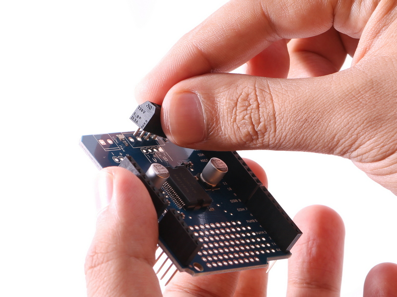Picture of Inserting & Soldering Screw Terminals