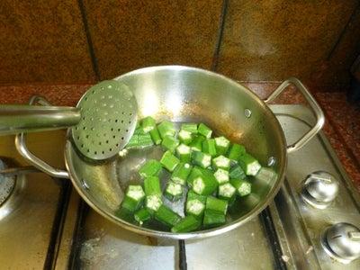 Cut and Stir-fry Okra