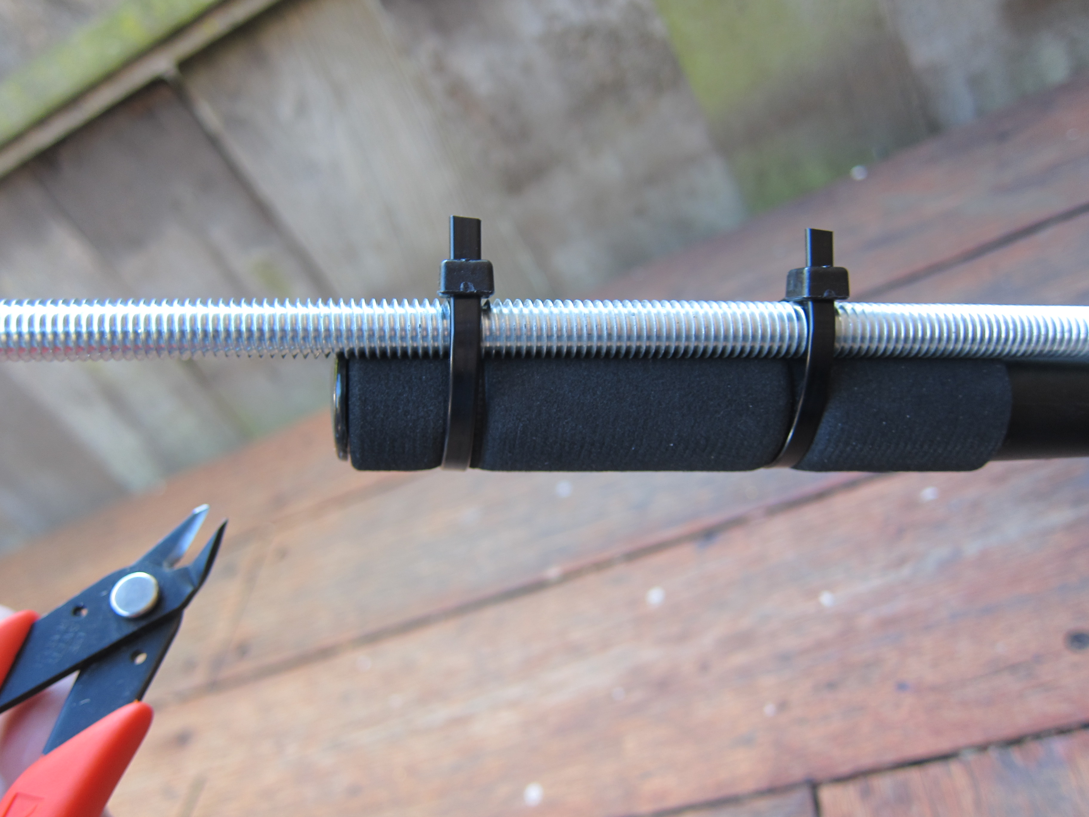 Picture of Zip-tie the Threaded Rod to the Handle