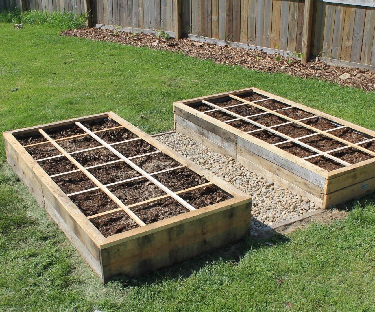 making pallet garden beds