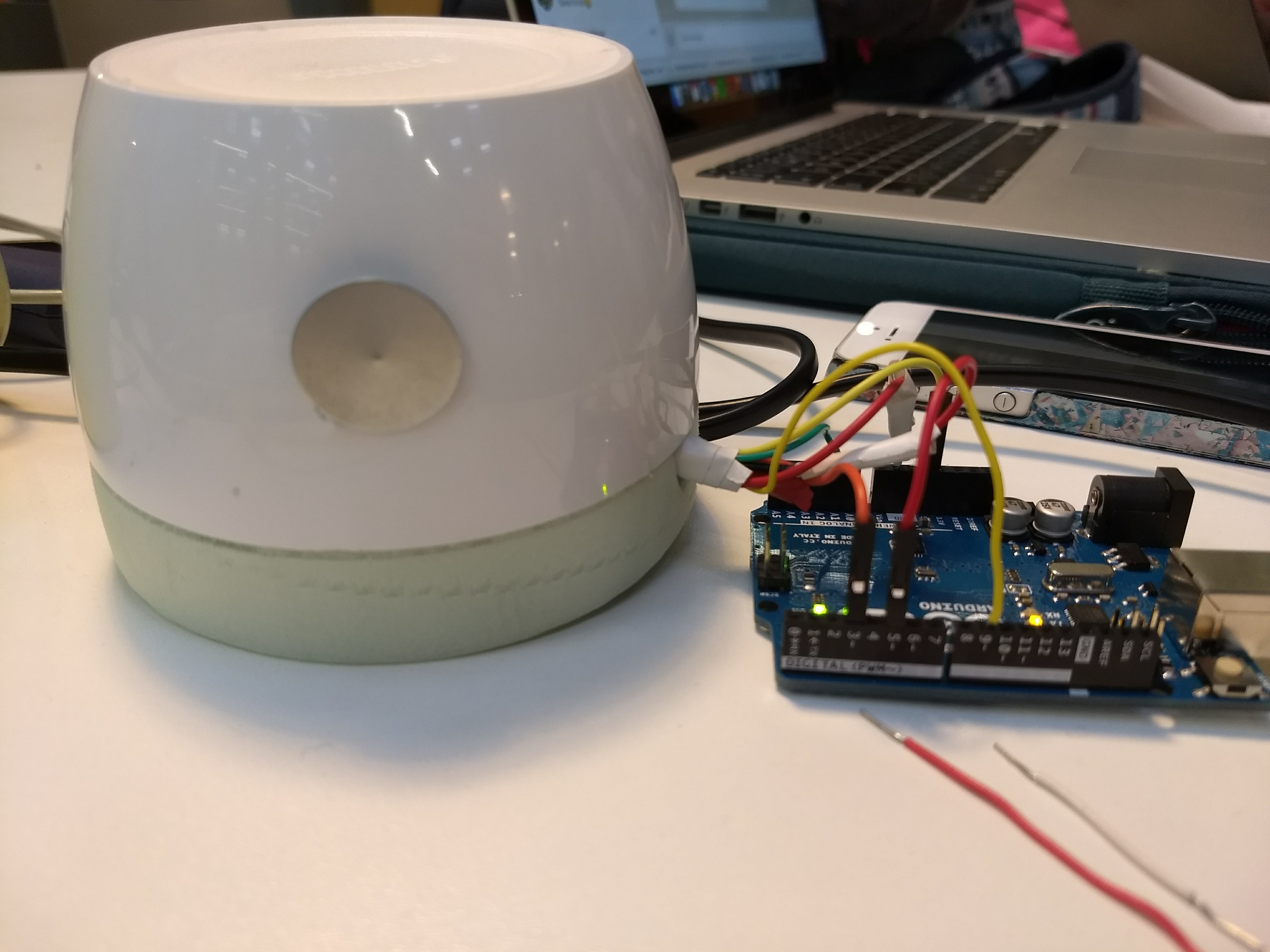 Picture of Mood Projector (Hacked Philips Hue Light With GSR) TfCD