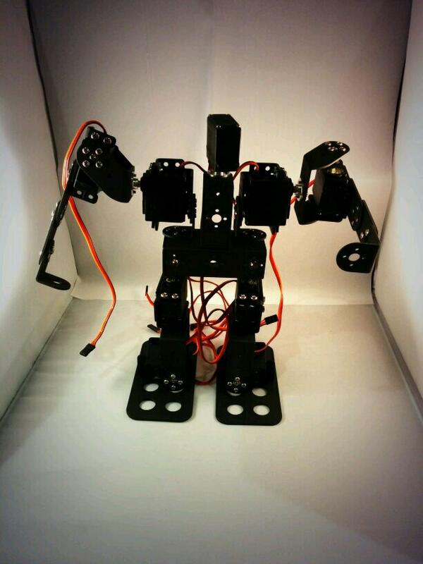 Picture of The Installation Steps of Small Exquisite 9DOF Race Walking Humanoid Dance Robot