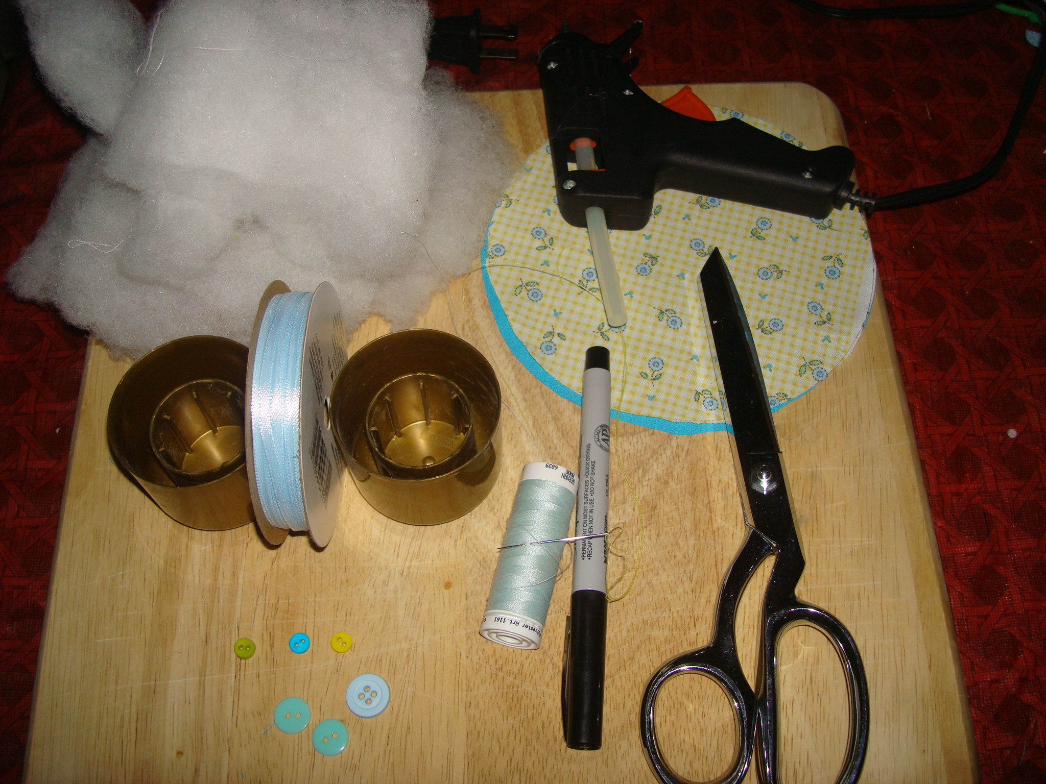 Picture of Supplies for the Pin Cushion Wedding Favor
