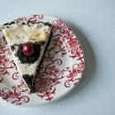 Vegan Oreo Crust Cheesecake