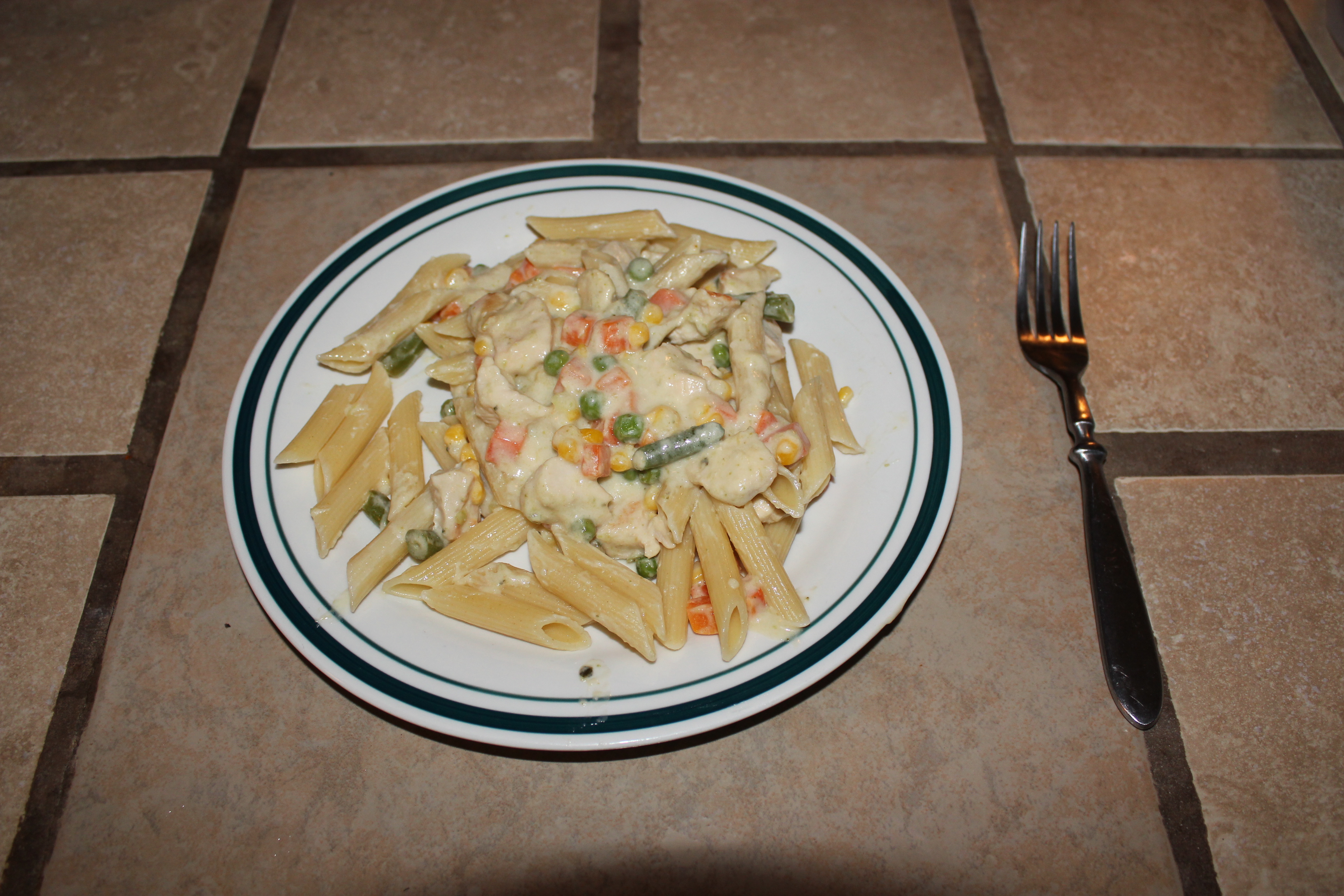 Picture of Creamy Chicken Pasta With Veggies