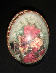Decorating the Egg