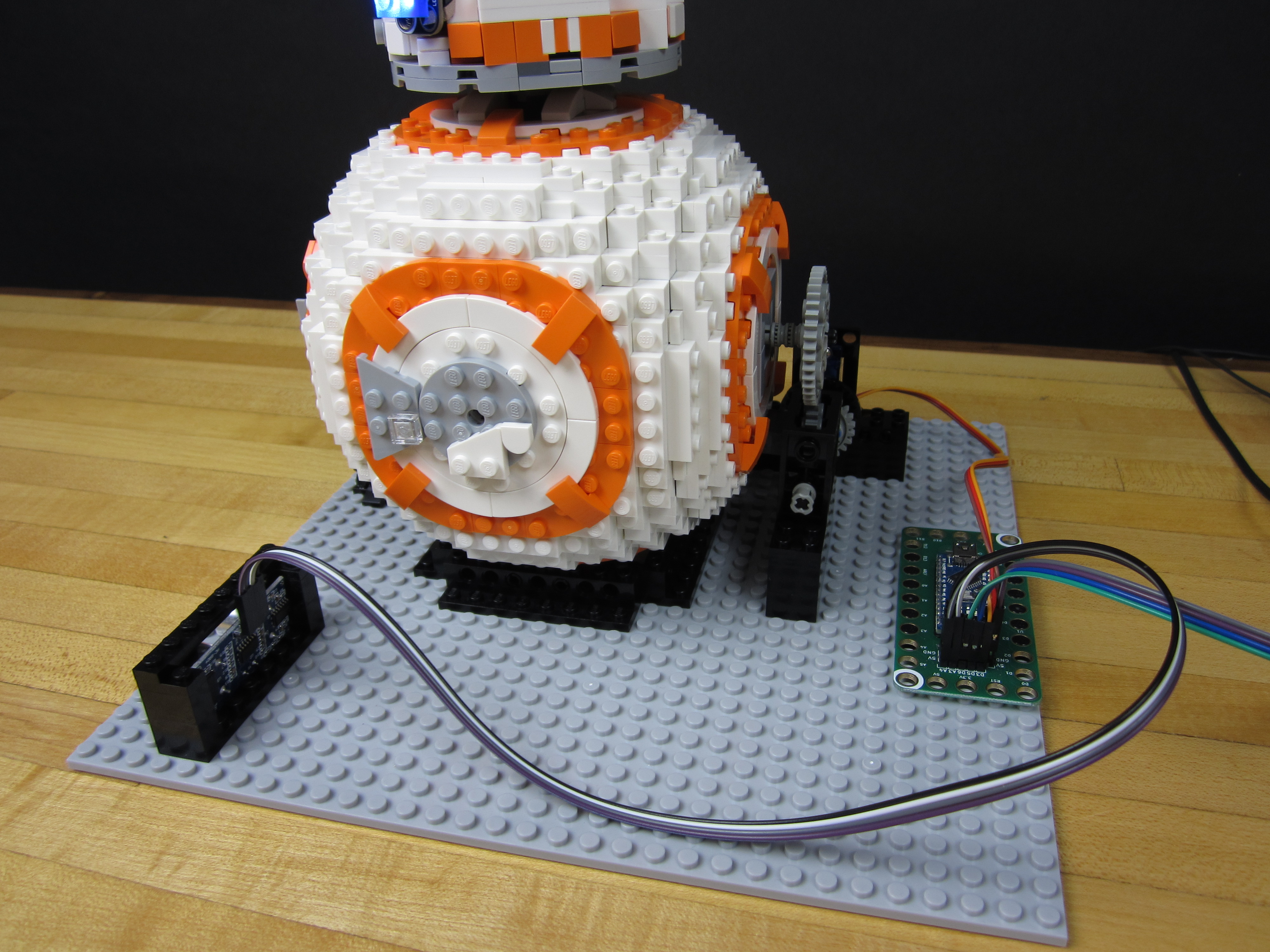 Picture of Automated LEGO BB-8!