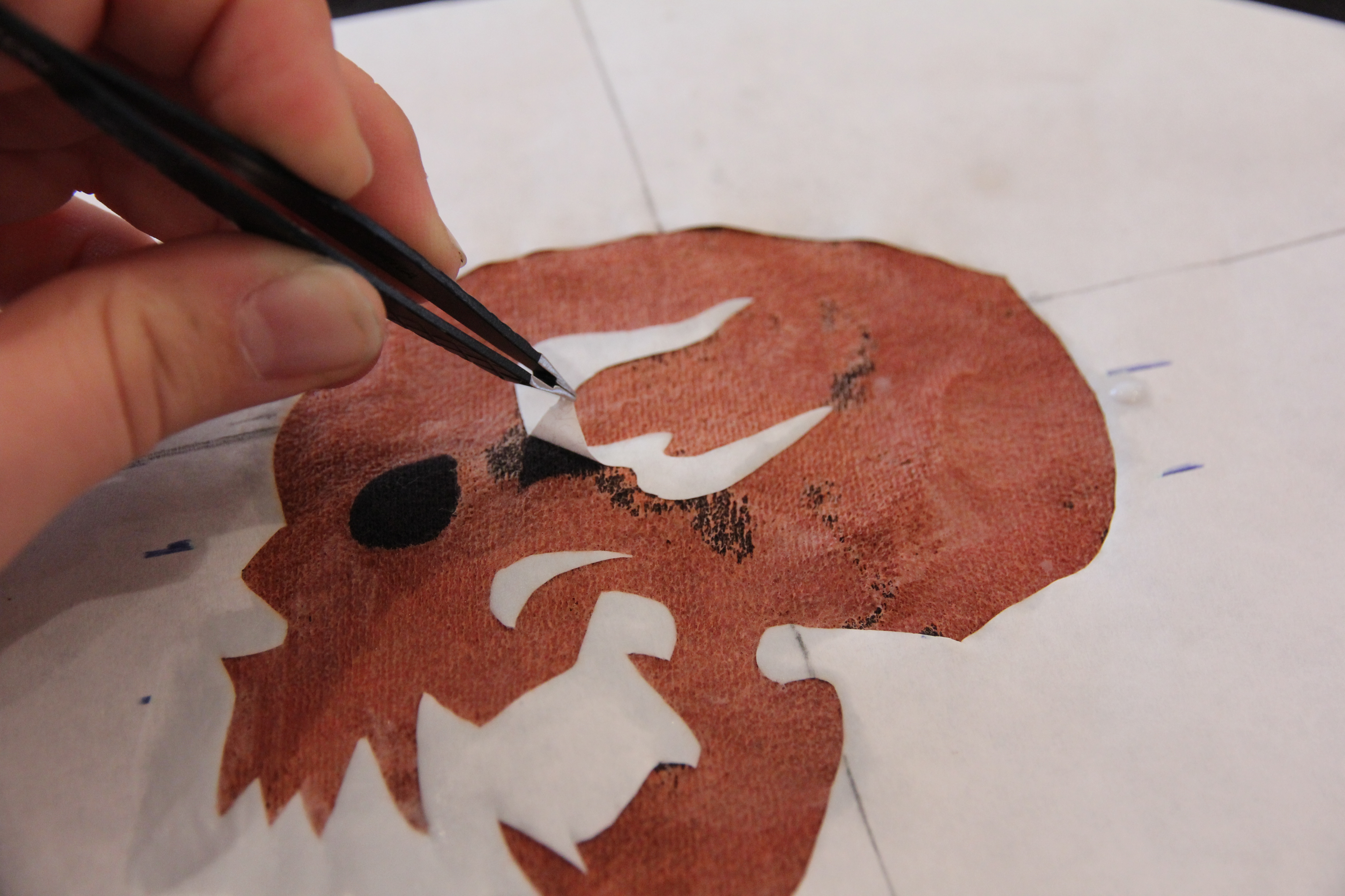 Picture of Bleached Skull Stencil - Removing the Stencil