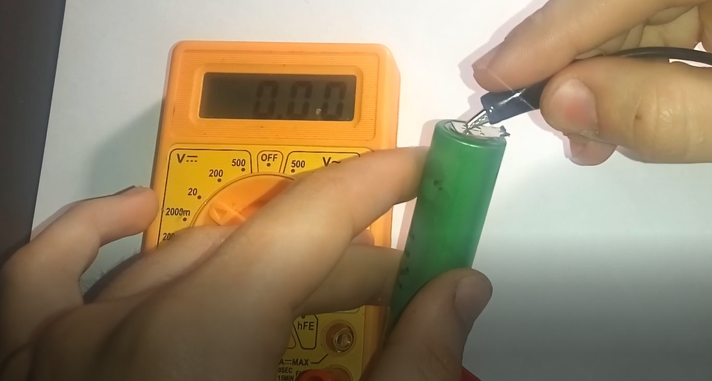 Picture of  If the Battery Voltage Is 0, Thermal Protection Has Tripped