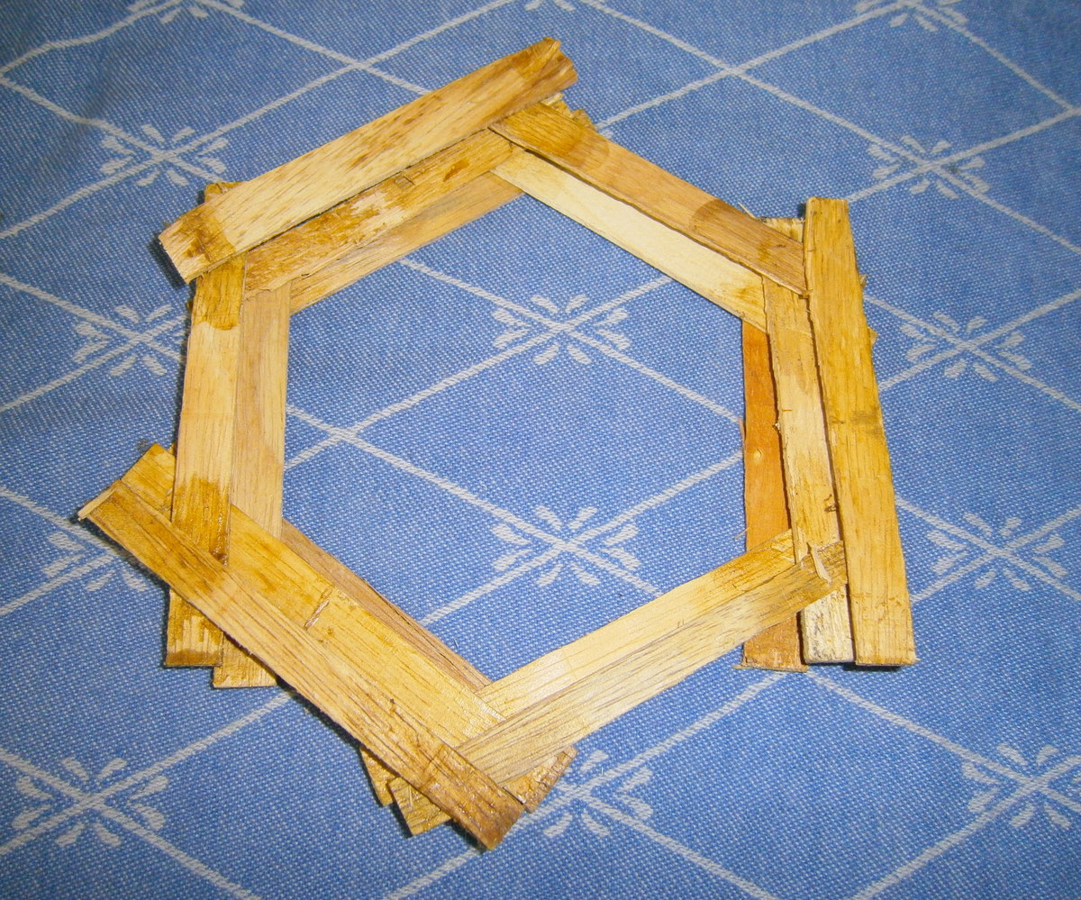 Picture of Hexagon - Move Outward
