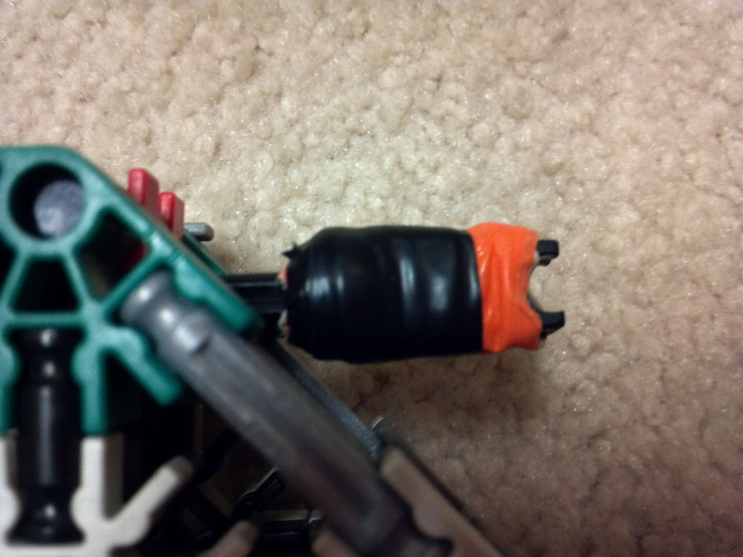 Picture of Knex Gun: Thunderbolt Hand Cannon + Internals.