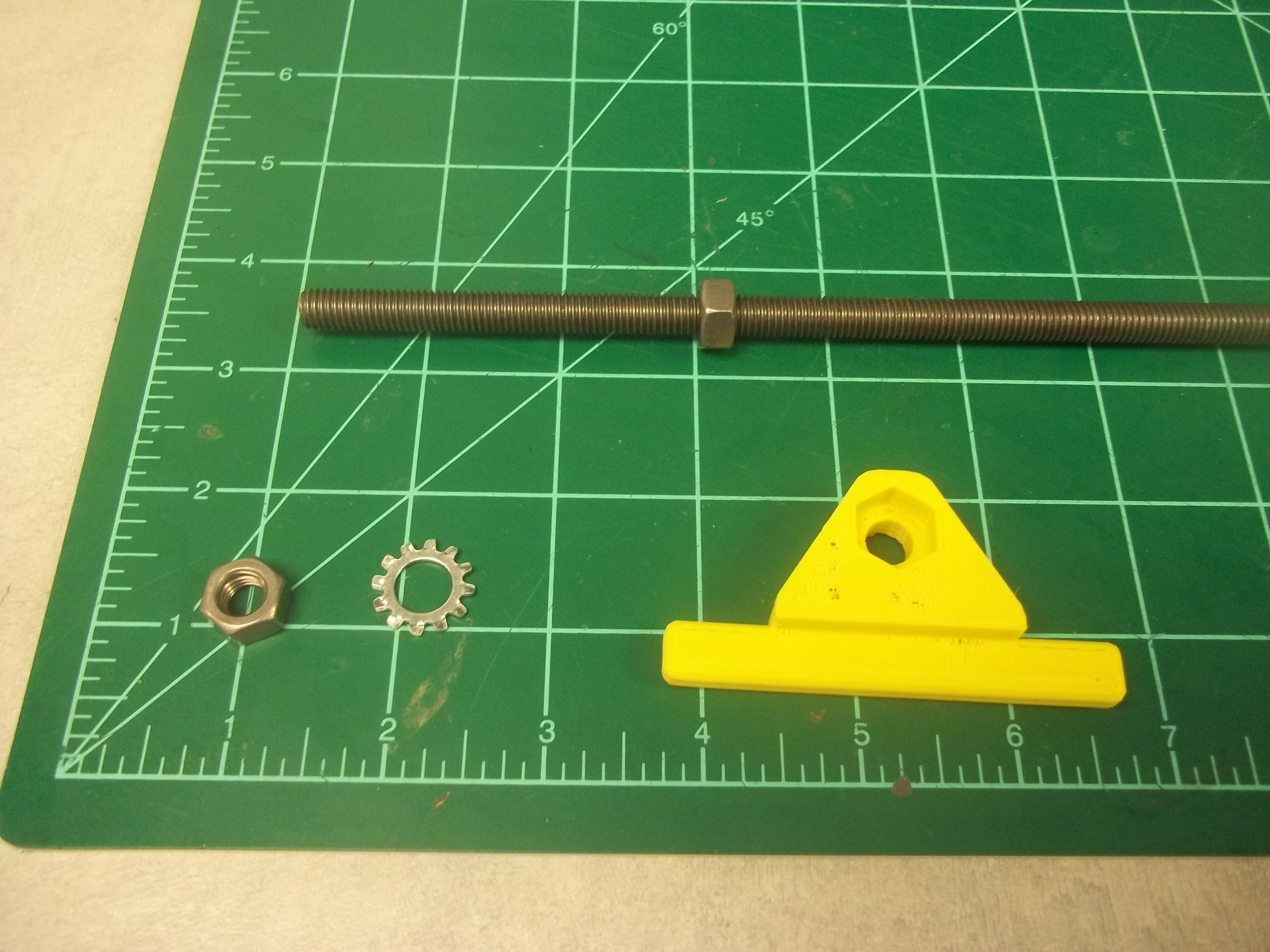 Picture of Add M8 Nuts to Threaded Rod for End Blocks
