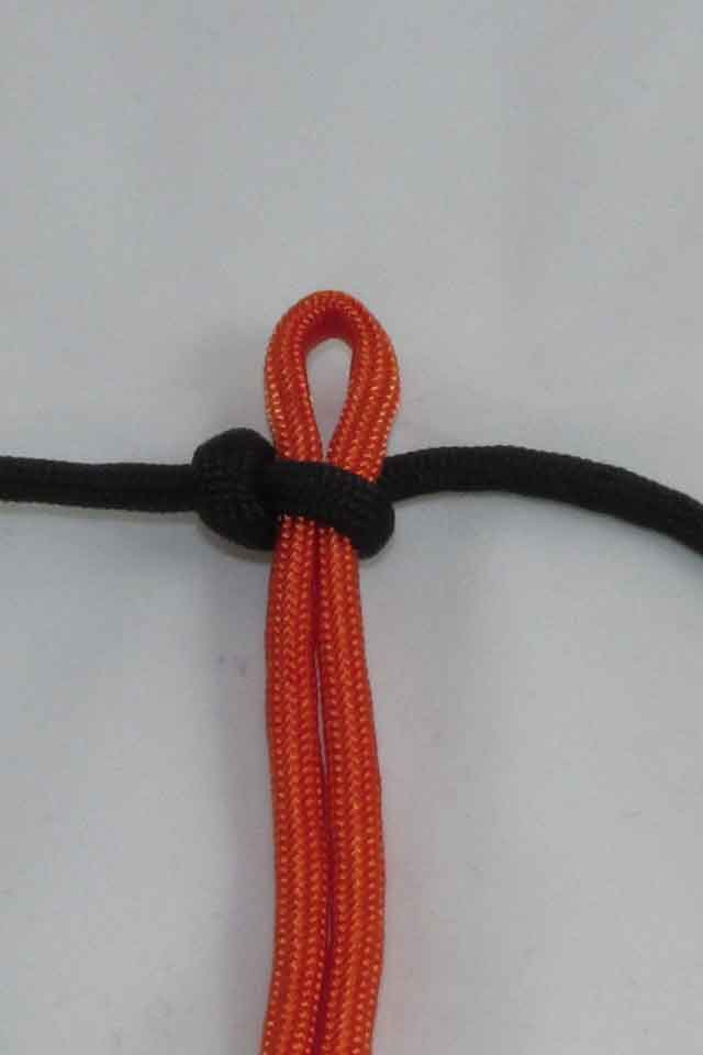 Picture of How to Make a Paracord Solomon Bar Bracelet!