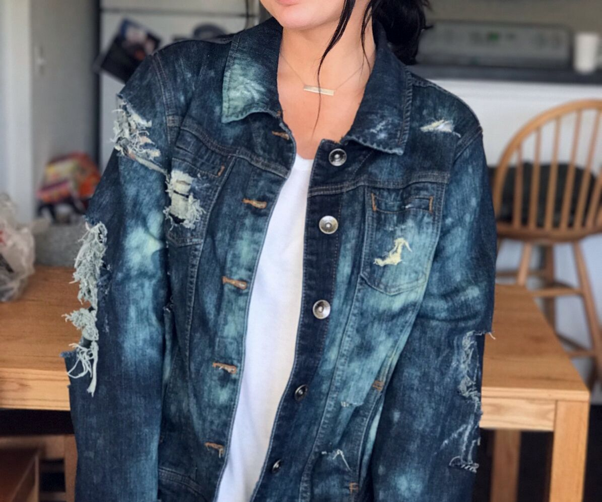 c08ea9a6fd Distressed Denim Jacket  14 Steps (with Pictures)