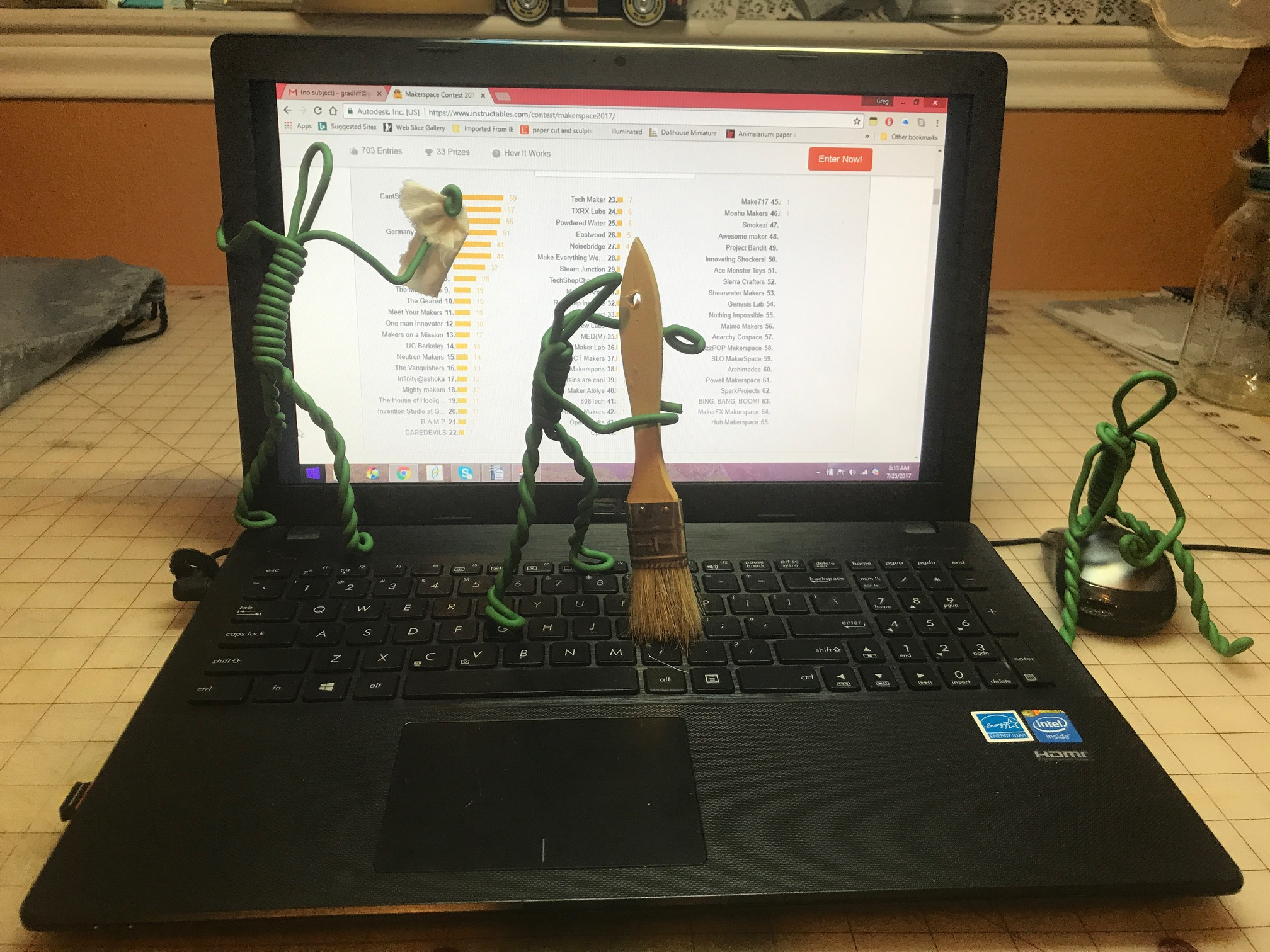 Picture of Make Your Own Poseable Figures...