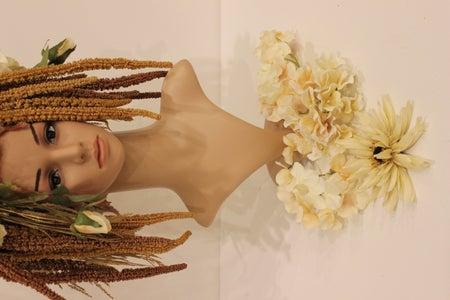 Dahlia & Cream Hydrangeas