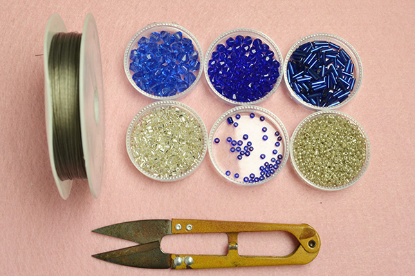 Picture of Supplies Needed to Make the Blue Glass Bead Ring:
