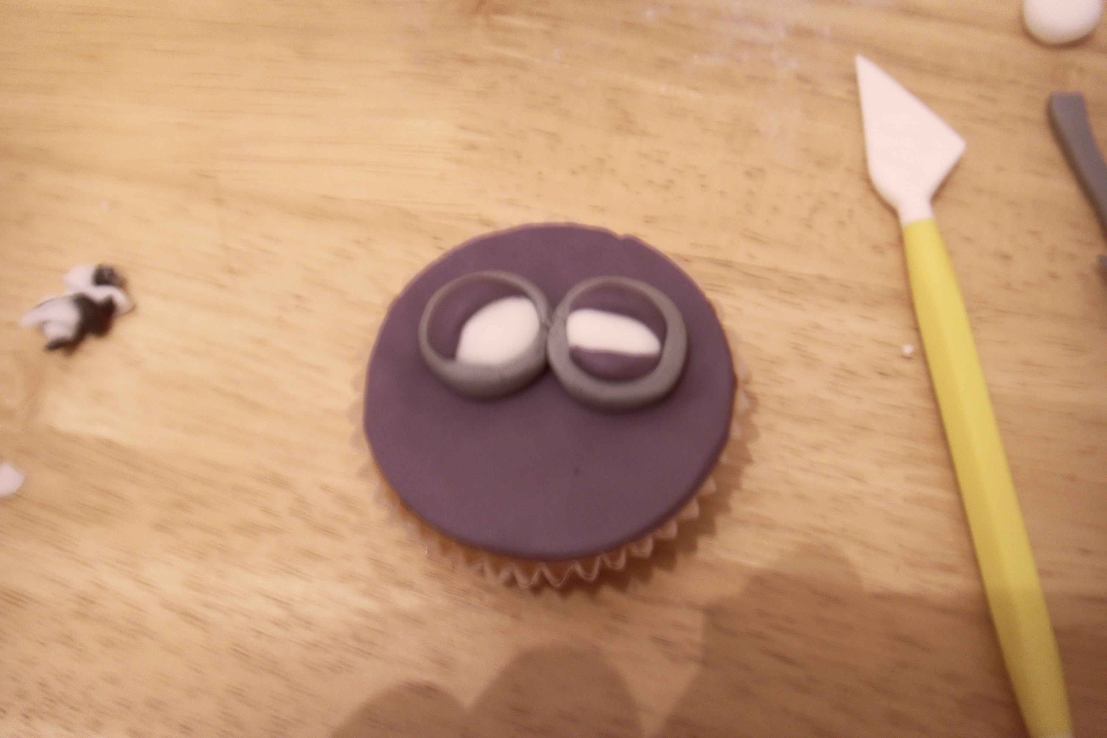 Picture of 2 Eyed Purple Minion.