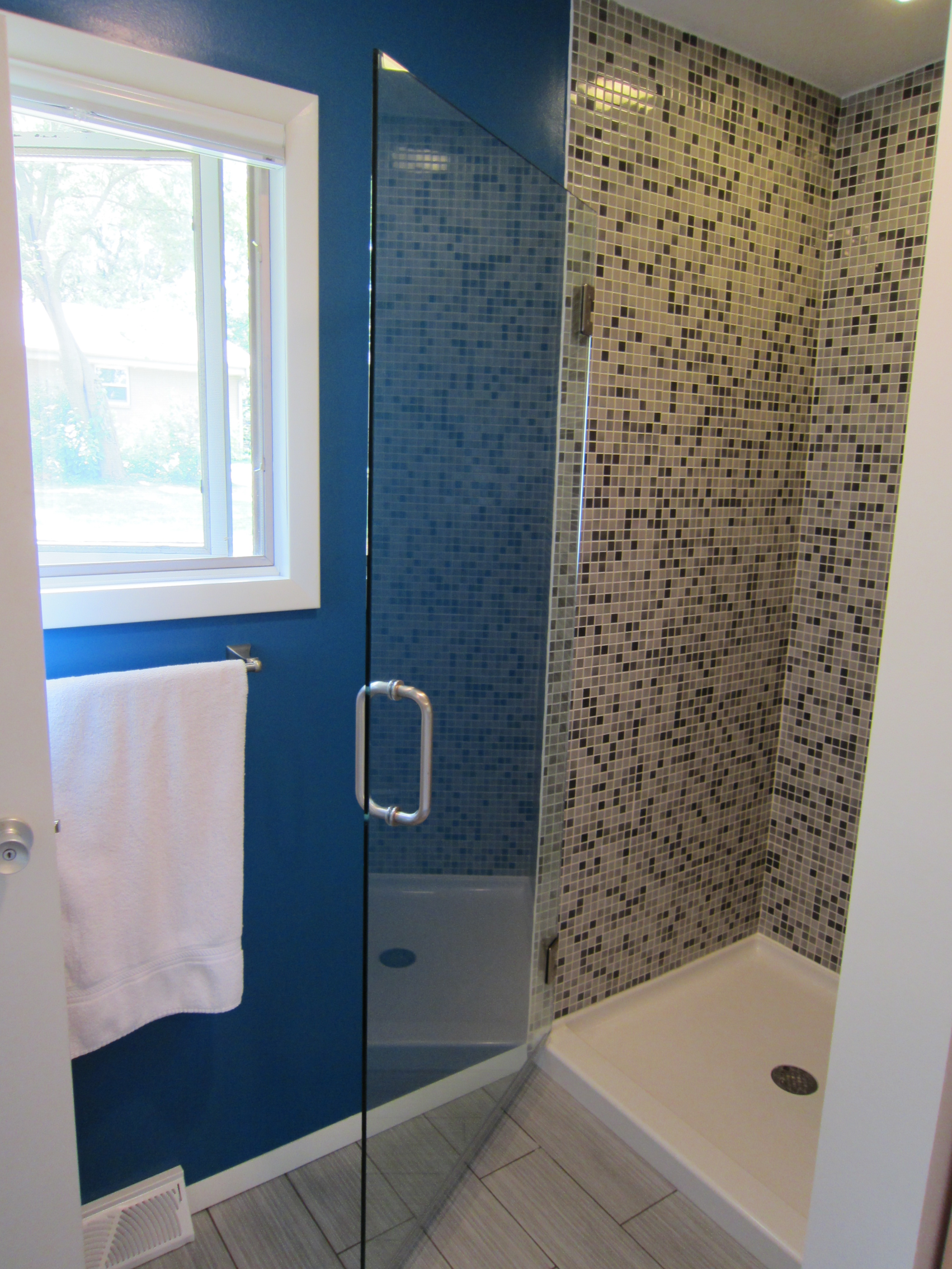 Complete Bathroom Renovation: 12 Steps (with Pictures)