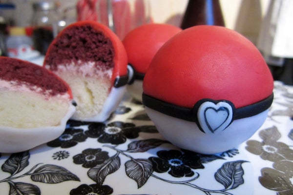 Pokelove -- Colour Co-ordinated Two-layer Mini Cakes!