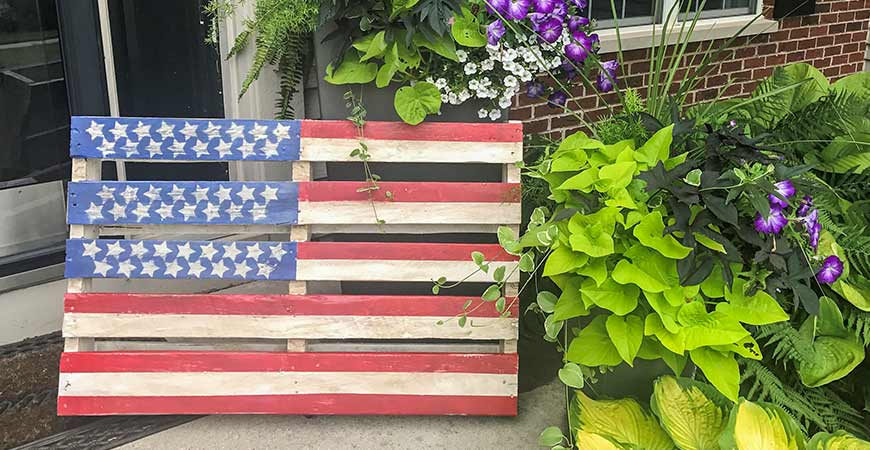 Picture of DIY Pallet Flag