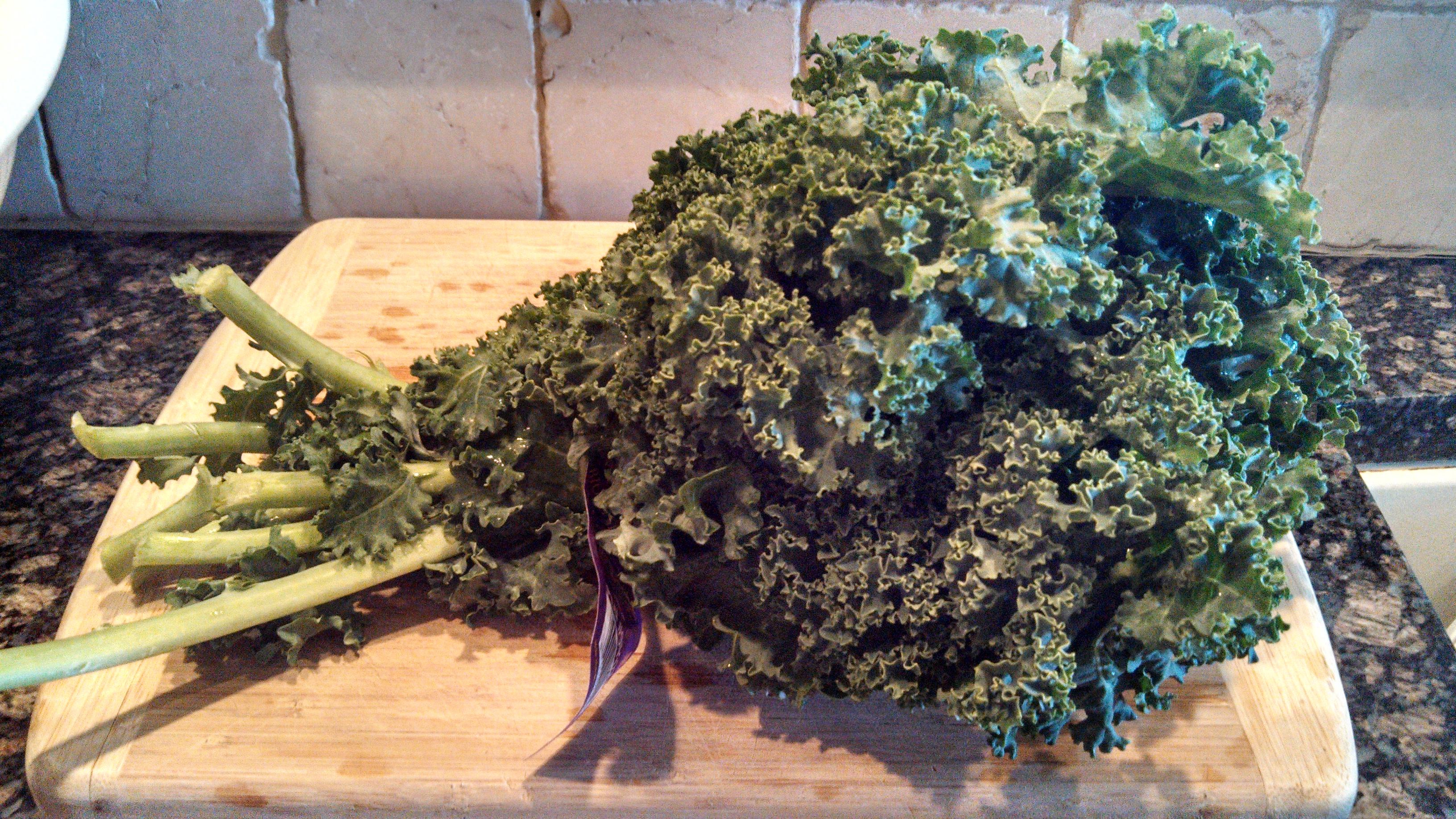 Picture of Wash, Dry, De-stem Kale