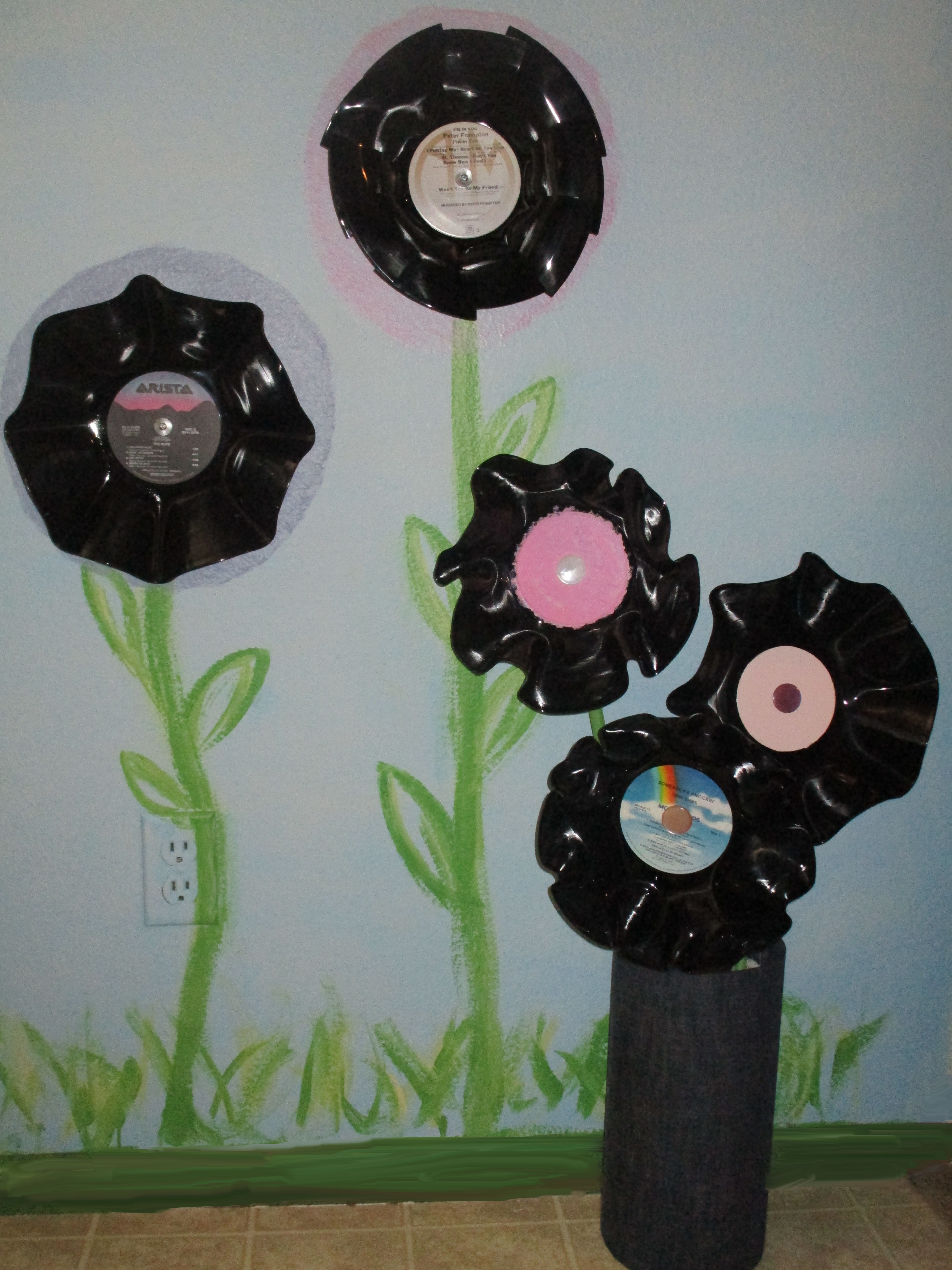 Picture of RECORD FLOWERS