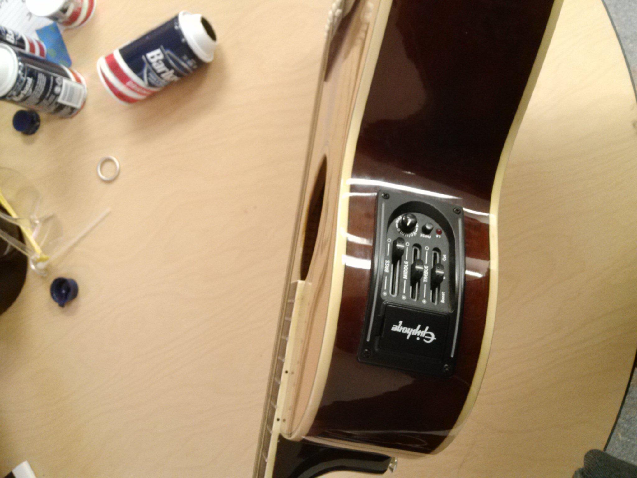 Picture of Electric/Acoustic Guitar Secret Compartment!